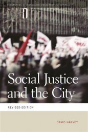 Social Justice and the City av David Harvey (Heftet)