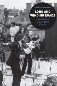 Long and Winding Roads av Kenneth Womack (Heftet)