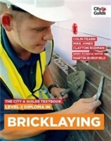 The City & Guilds Textbook: Level 2 Diploma in Bricklaying av Martin Burdfield, Colin Fearn og Mike Jones (Heftet)