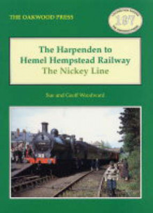 The Harpenden to Hemel Hempstead Railway av Sue Woodward og Geoff Woodward (Heftet)