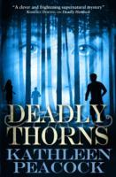 Deadly Thorns av Kathleen Peacock (Heftet)