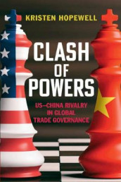 Clash of Powers av Kristen Hopewell (Innbundet)