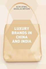 Omslag - Luxury Brands in China and India