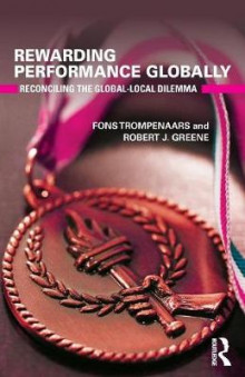 Rewarding Performance Globally av Fons Trompenaars og Robert J. Greene (Heftet)