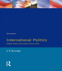 International Politics av G. R. Berridge (Innbundet)