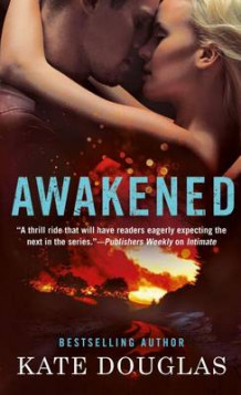 Awakened av Kate Douglas (Heftet)