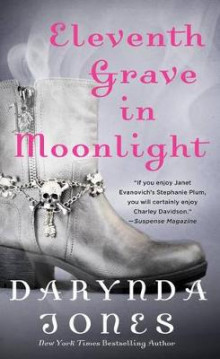 Eleventh Grave in Moonlight av Darynda Jones (Heftet)