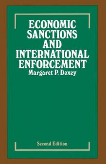Economic Sanctions and International Enforcement 1980 av Margaret P. Doxey (Heftet)