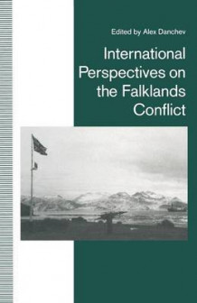 International Perspectives on the Falklands Conflict 1992 (Heftet)