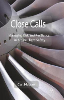 Close Calls 2014 av C. Macrae (Heftet)