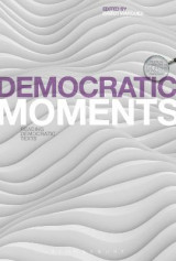Omslag - Democratic Moments