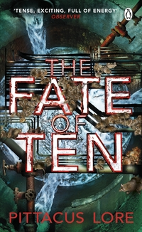 The Fate of Ten av Pittacus Lore (Heftet)