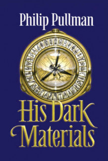 "His Dark Materials Trilogy: ""Northern Lights"" WITH ""The Subtle Knife"" AND ""The Amber Spyglass"" av Philip Pullman (Innbundet)"