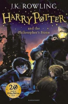 Harry Potter and the philosopher's stone av J.K. Rowling (Heftet)