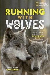 Running with Wolves av National Geographic Kids (Innbundet)