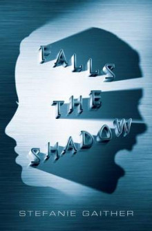 Falls the Shadow av Stefanie Gaither (Innbundet)