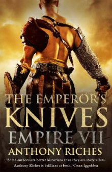 The Emperor's Knives av Anthony Riches (Heftet)
