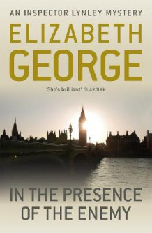 In the Presence of the Enemy av Elizabeth George (Heftet)