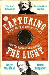 Capturing the Light av Helen Rappaport og Roger Watson (Heftet)