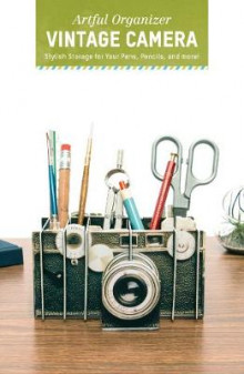 Artful Organizer: Vintage Camera av Chronicle Books (Almanakk)