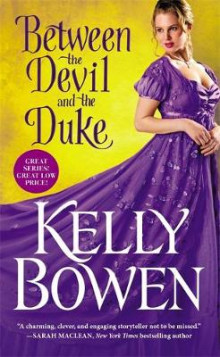 Between the Devil and the Duke av Kelly Bowen (Heftet)