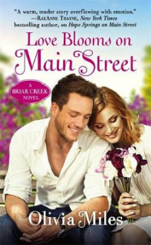 Love Blooms On Main Street av Olivia Miles (Heftet)