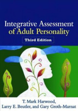 Omslag - Integrative Assessment of Adult Personality