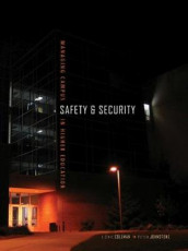 Managing Campus Safety and Security in Higher Education av J. Eric Coleman og Peter Johnstone (Heftet)