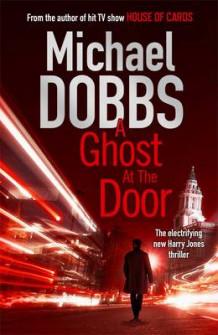A Ghost at the Door av Michael Dobbs (Heftet)