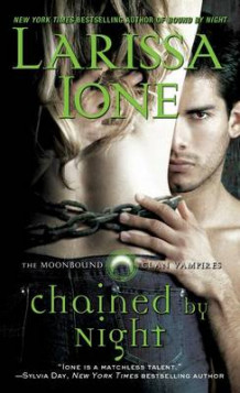 Chained by Night av Larissa Ione (Heftet)