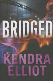 Bridged av Kendra Elliot (Heftet)