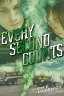 Every Second Counts av Sophie McKenzie (Innbundet)