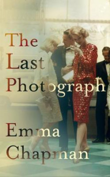 The last photograph av Emma Chapman (Heftet)