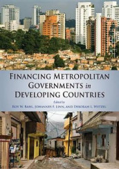 Financing Metropolitan Governments in Developing Countries av Roy Bahl, Johannes F. Linn og Deborah L. Wetzel (Heftet)
