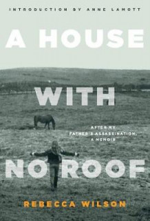 A House with No Roof av Rebecca Wilson (Heftet)
