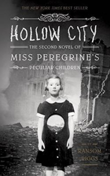 Hollow city av Ransom Riggs (Heftet)