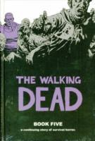 The Walking Dead Book 5 av Robert Kirkman (Innbundet)