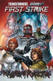 Transformers/G.I. Joe First Strike av David A. Rodriguez og Mairghread Scott (Heftet)