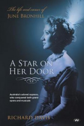 A Star on Her Door av Richard Davis (Heftet)