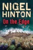On the Edge av Nigel Hinton (Heftet)