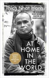 At Home In The World av Thich Nhat Hanh (Heftet)