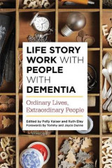 Omslag - Life Story Work with People with Dementia