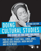 Doing Cultural Studies av Stuart Hall, Linda Janes, Hugh Mackay, Anders Koed Madsen, Keith Negus og Paul du Gay (Heftet)