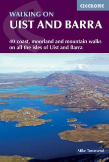Walking on Uist and Barra av Mike Townsend (Heftet)
