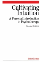Cultivating Intuition av Peter Lomas (Heftet)