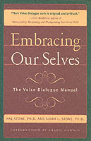 Embracing Our Selves av Hal Stone og Sidra Winkelman (Heftet)