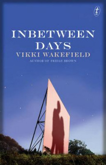 Inbetween Days av Vikki Wakefield (Heftet)
