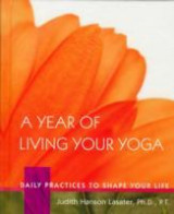 Omslag - A Year Of Living Your Yoga
