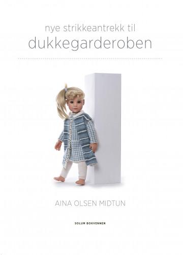 Bilde av Nye Strikkeantrekk Til Dukkegarderoben
