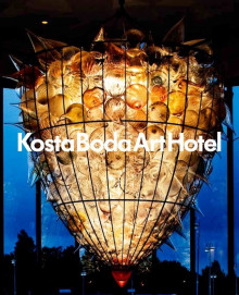 Kosta Boda Art Hotel : a place for meetings between people, glass, art, design, architecture and gastronomy av Annica Triberg (Innbundet)